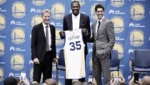 """Nba, Steve Kerr tuona: """"Assurdo far passare Durant come il cattivo della situazione"""""""