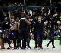 Estados Unidos vence Sérvia e conquista terceiro ouro seguido no basquete masculino