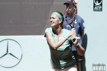 Kvitova sufre para avanzar en Roland Garros