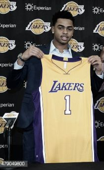 Los Angeles Lakers presentan a D'Angelo Russell