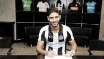El Newcastle ficha a Achraf Lazaar