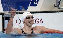 Katie Ledecky bate el récord del mundo en los 1500
