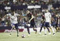 El Levante golea al Zaragoza y se pone líder en solitario