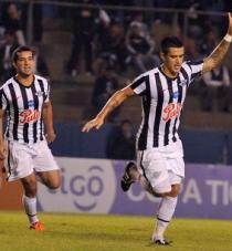 Libertad remonta y ya piensa en la Libertadores