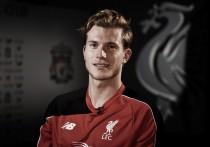 "Jürgen Klopp ""delighted"" to bring goalkeeper Loris Karius to Liverpool"
