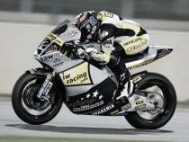 Moto2, Valencia: Rabat regala una gara dominata a Luthi