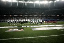 Em jogo emocionante, Lyon bate Besiktas nos pênaltis e avança na Europa League