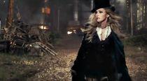Madonna sobrevive al fin del mundo en 'Ghosttown'