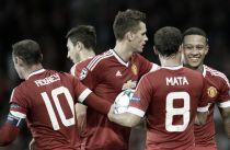 Manchester United file vers les phases de poules