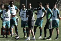 Com dúvida no gol, Chapecoense encerra preparativos para enfrentar Tubarão