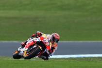 Phillip Island: stratosferico Marquez in pole, disastro Yamaha