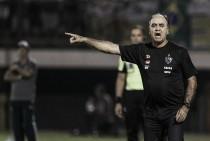 """Marcelo Oliveira lamenta falhas do Atlético-MG diante do Fluminense: """"Muito erro para um jogo só"""""""