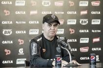Marcelo Oliveira lamenta ineficiência do ataque e explica ausência de Robinho contra Sport