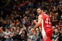 Basket - Supercoppa italiana: Milano batte Cremona 109-87