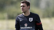 Alex McCarthy replaces Fraser Forster in England squad