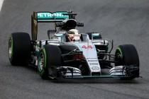 F1, Hamilton con il fiato sul collo: rischio penalità a Spa o Monza