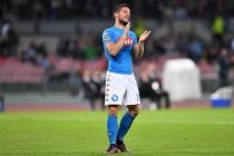 Serie A - Mertens incanta e il Napoli batte l'Empoli 2-0