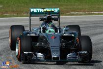 Mercedes sigue mandando en Malasia