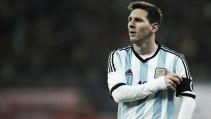 """Messi garante futuro na Seleção Argentina: """"Nunca vou abandonar"""""""