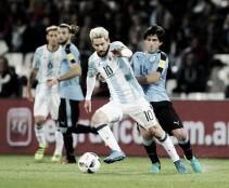 """Após vitória, Messi relembra decisão de deixar Argentina: """"Estava muito desiludido"""""""