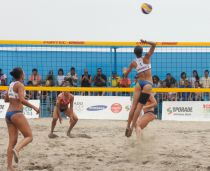 Venezuela arrasó en voley playa