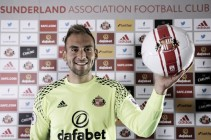 Mika determined to battle for top spot after Sunderland move