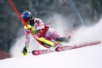 Sci Alpino femminile, a Flachau slalom speciale in notturna