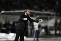 Vasco acerta com Milton Mendes para substituir Cristóvão Borges