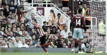 Southampton vs West Ham Preview: Two in-form sides clash at St Mary's