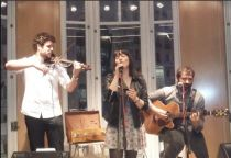 María Villalón lanza su primer libro con banda sonora