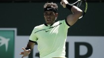 Rafael Nadal se impone en el duelo fratricida