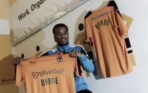 Swindon winger Nathan Byrne joins Wolves