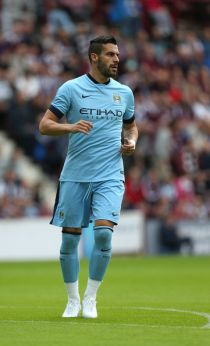 Manchester City demand £25m for Valencia target Álvaro Negredo