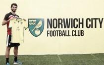 Nélson Oliveira deja definitivamente el Benfica y firma por el Norwich inglés