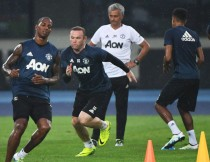 Wayne Rooney destaca el trabajo de Mourinho al frente del Manchester United