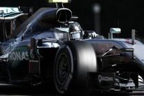 Nico Rosberg se lleva la pole en la ausencia de Lewis Hamilton