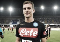 Milik joins Napoli on five-year-deal