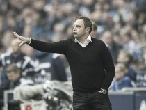Andre Bretenreiter deja de ser entrenador del Schalke