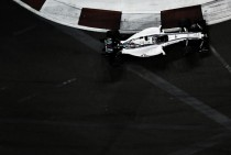 Valtteri Bottas ve como una desventaja no probar los neumáticos de 2017