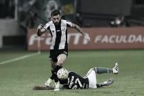 Com foto de Matheus Sales no chão, Lucas Lima provoca Palmeiras no Twitter