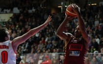 LegaBasket - Venezia travolgente, Varese perde ancora (60-73)
