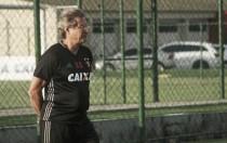 """Oswaldo minimiza eliminação na Sul-Americana: """"Nenhum dos dois foram brilhantes"""""""