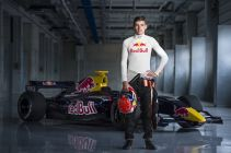 Max Verstappen in pista ad Adria