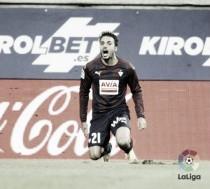 Los duelos Pedro León-Futbol Club Barcelona, una historia que viene de lejos