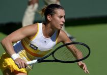 Indian Wells: Pennetta travolge la Giorgi, bene le favorite