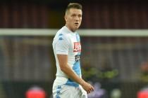 """Napoli, Zielinski: """"Qui posso soltanto migliorare. Che onore questa maglia"""""""