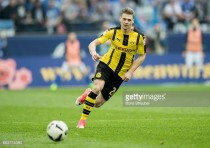Lukasz Piszczek signs one-year contract extension with Borussia Dortmund