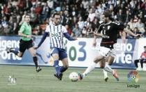 Una genialidad de Aguza saca del descenso a la Deportiva