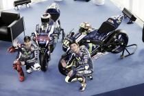 Movistar Yamaha calienta motores presentando la moto de 2016