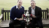 Prince William waits nervously for FA Cup final